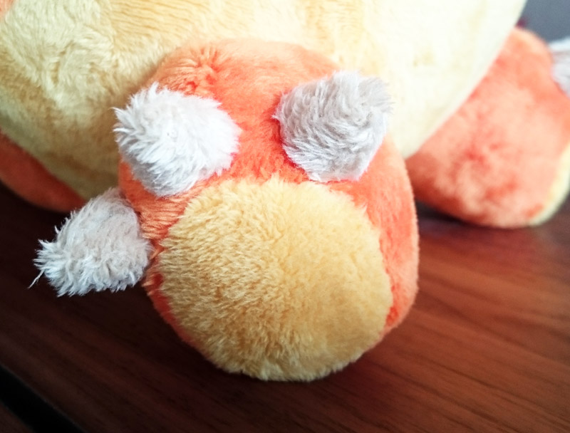 Plushie feet with claws
