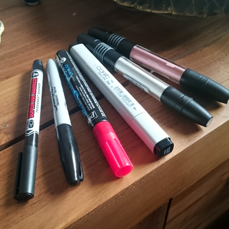 Various markers for fabric