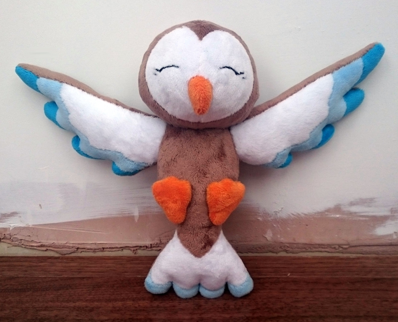 Owl plush door hanger